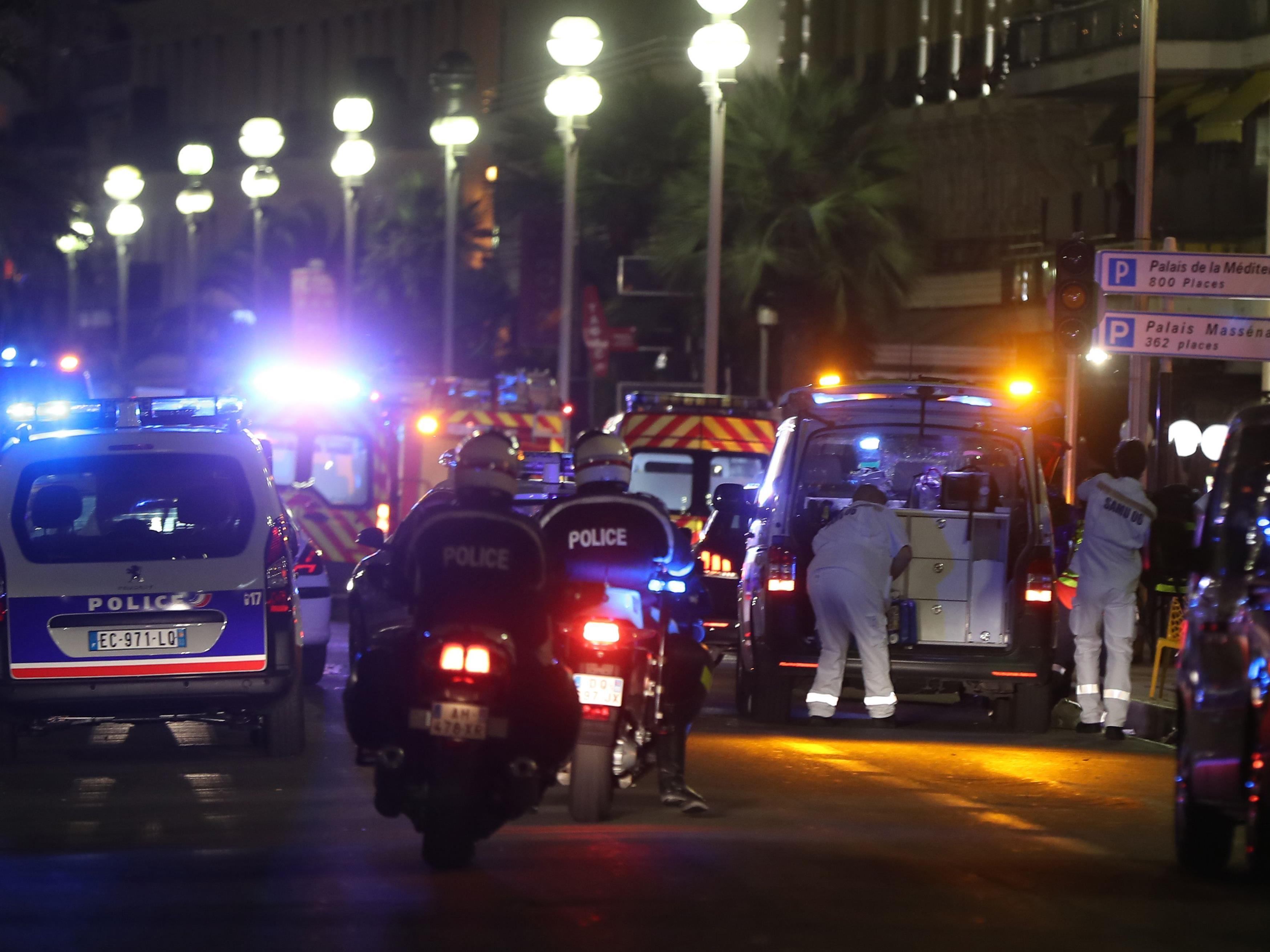 Dutzende Tote bei Anschlag.