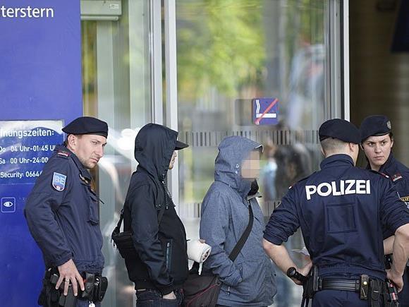 Wegen der starken Polizeipräsenz beim Praterstern kamen die Täter nicht weit