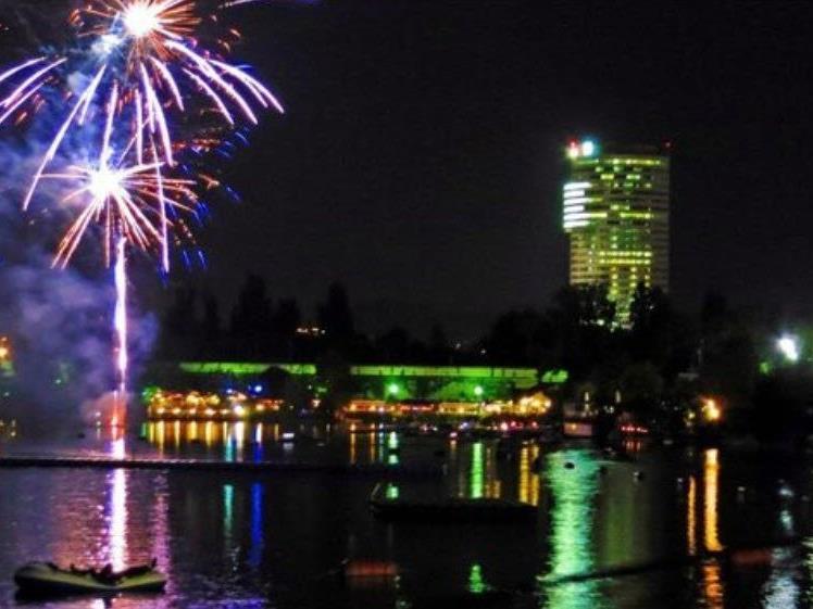 Das Lichterfest an der Alten Donau ist jedes Jahr ein Erlebnis