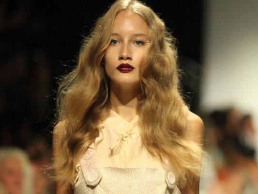 Die Modewoche bittet wieder ins Fashionzelt vor dem MQ.