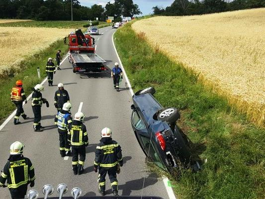 Auf der Weinstraße im Bezirk Mödling kam es zu einer Kollision zwischen zwei Pkw.