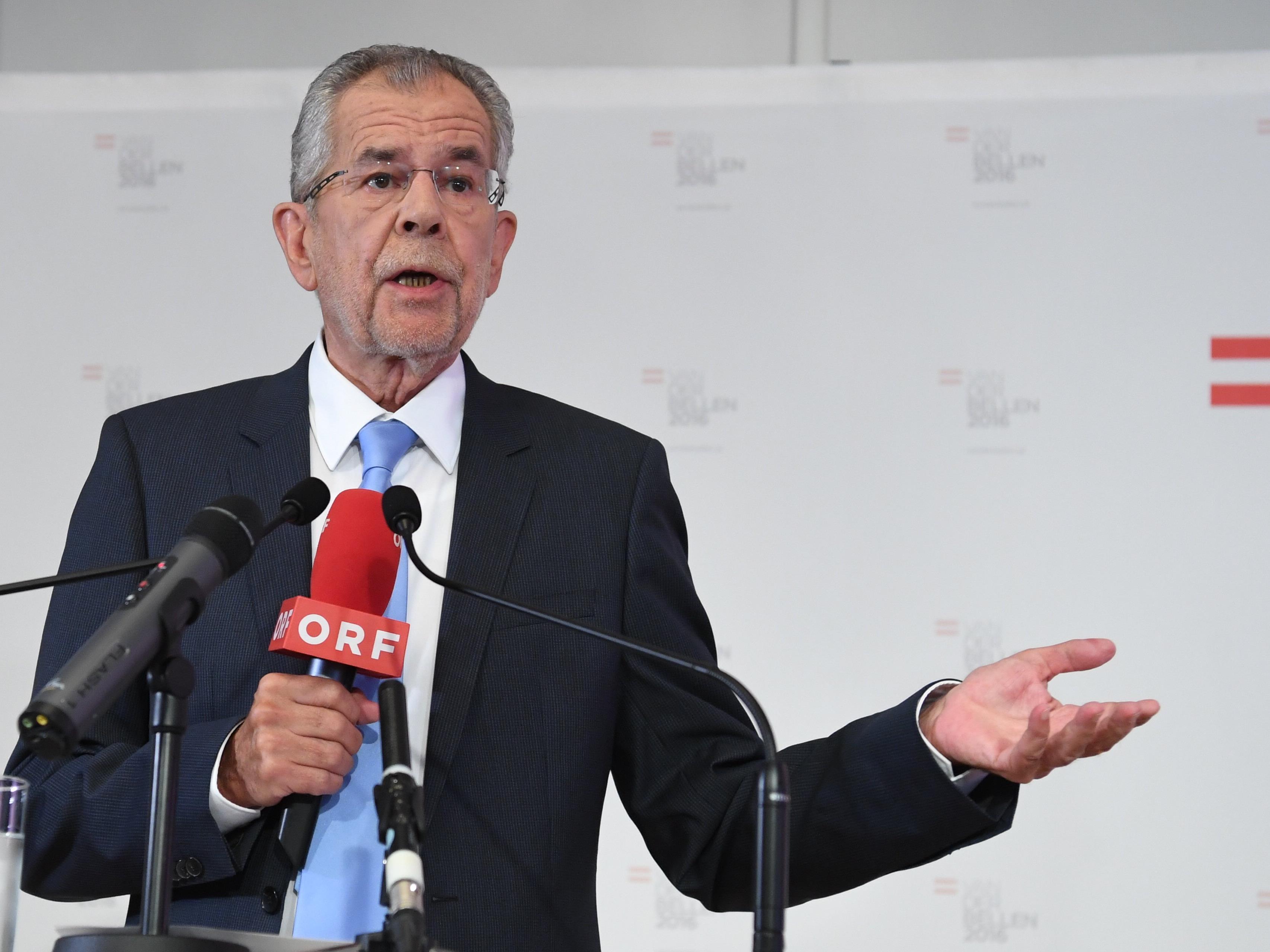 Bundespräsidentschaftskandidat Alexander Van der Bellen beweist Galgenhumor