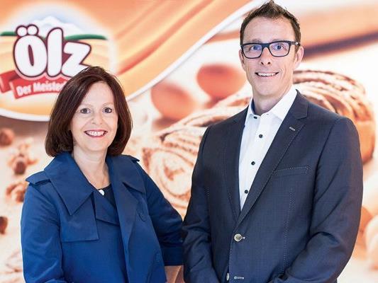 Daniela Kapelari-Langebner und Bernhard Ölz, Geschäftsführender Gesellschafter des Dornbirner Unternehmens.