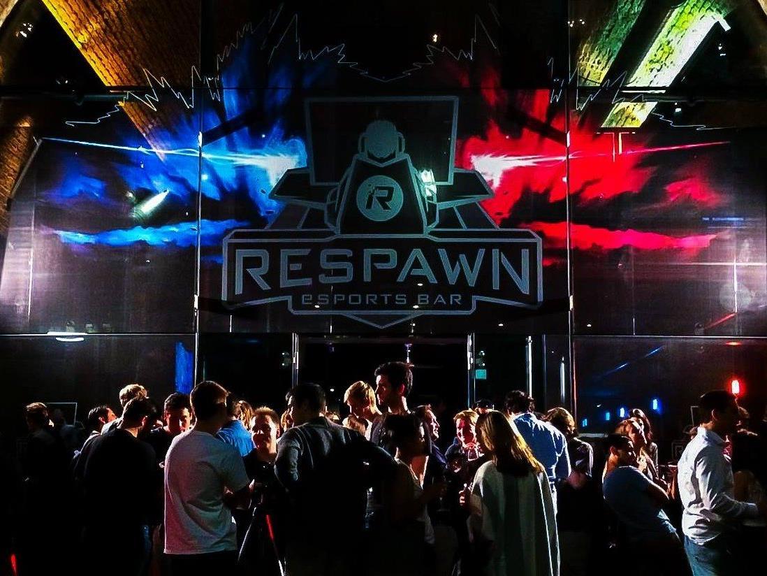 """Am 9. Juni wurde die erste eSportsbar """"Respawn"""" in Wien eröffnet."""