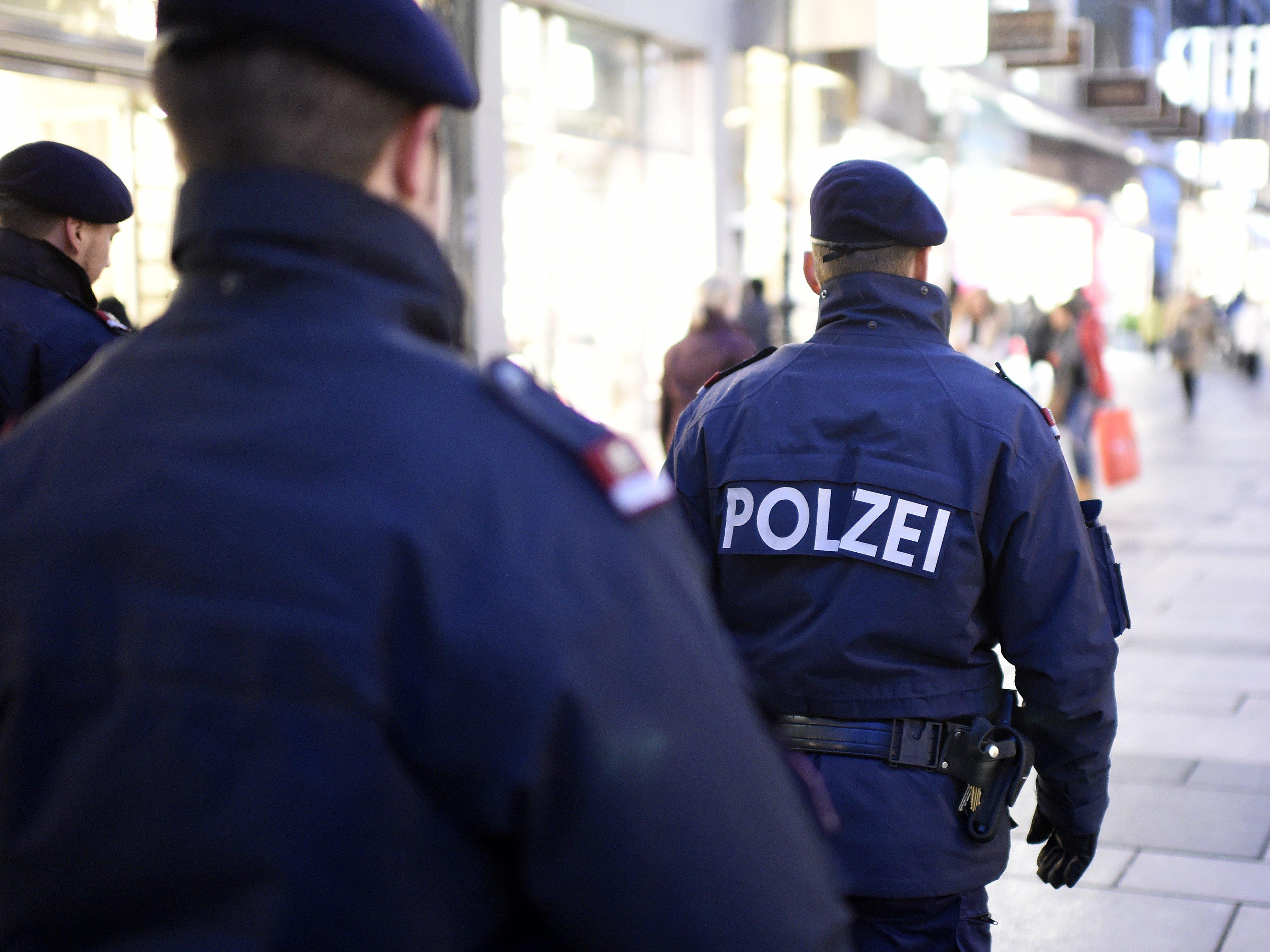 Festnahme eines Bodypackers am Wiener Schottenring.