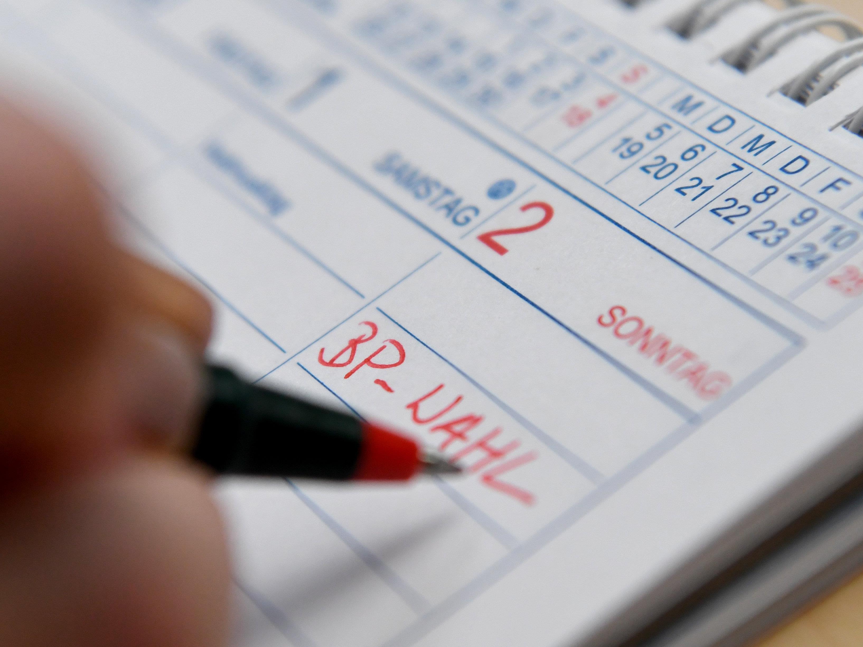 Am Montag, den 29. August, startet die Service-Hotline des Innenministeriums zur BP-Wahl.