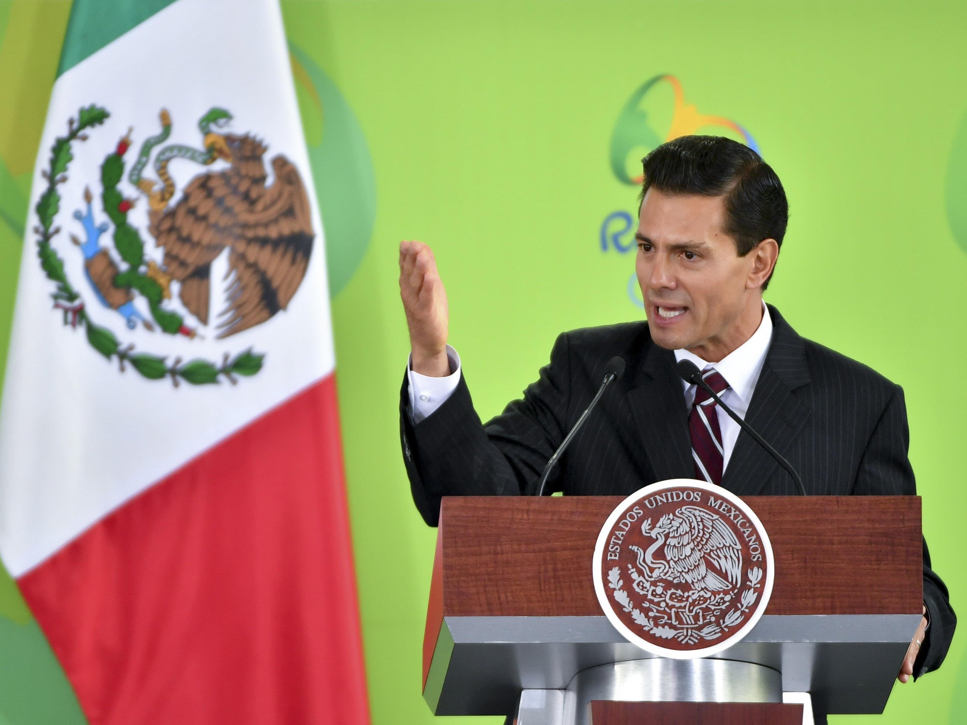 Mexikos Präsident Enrique Peña Nieto gerät wegen einer angeblichen Plagiatsaffäre unter Druck.