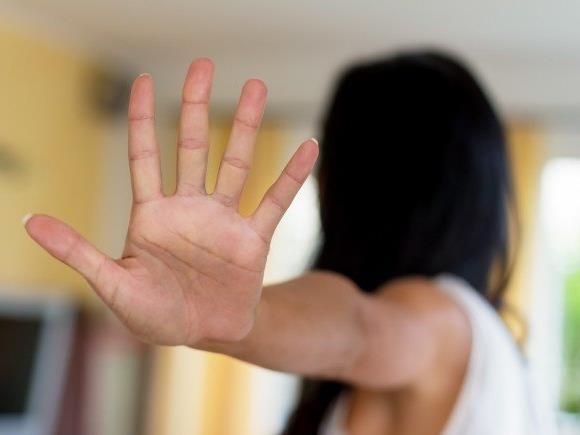 Der 15-Jährige soll zwei Frauen sexuell belästigt haben.