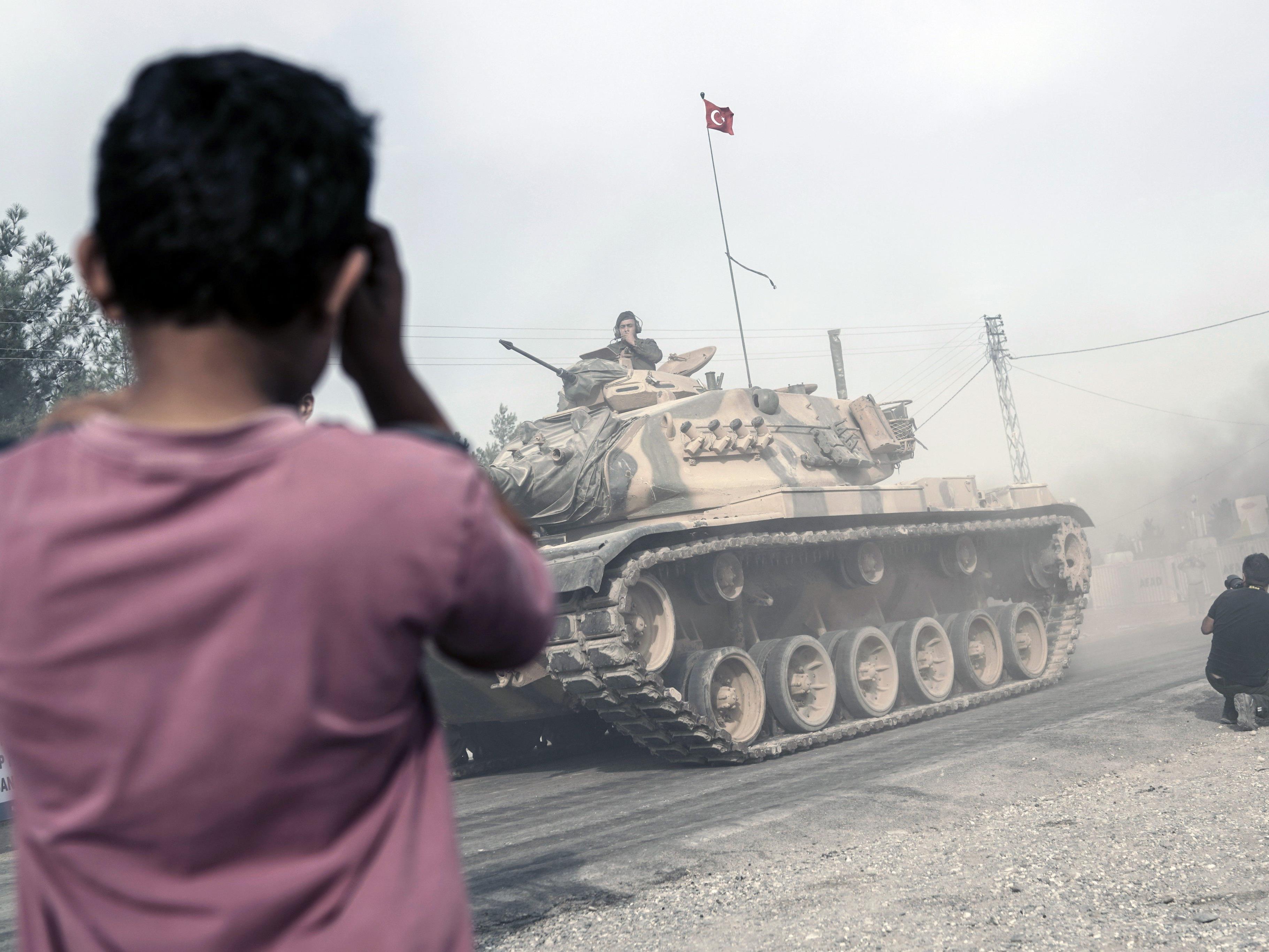 """Der """"Islamische Staat"""" verliert zunehmend an Boden. Eine Chronologie."""