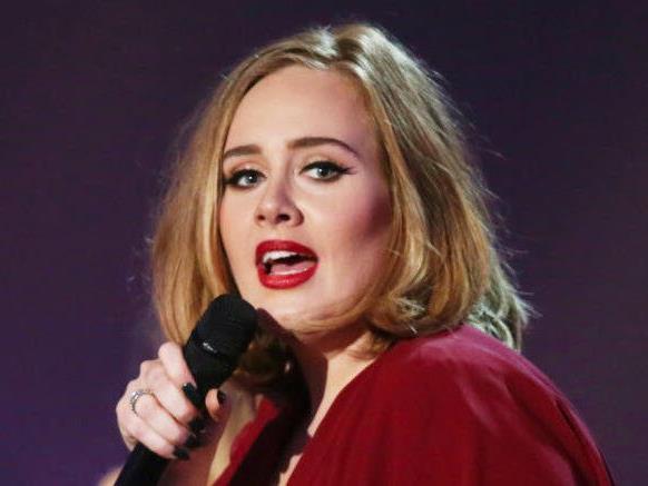 Adele hat sich bei einem Konzert verausgabt