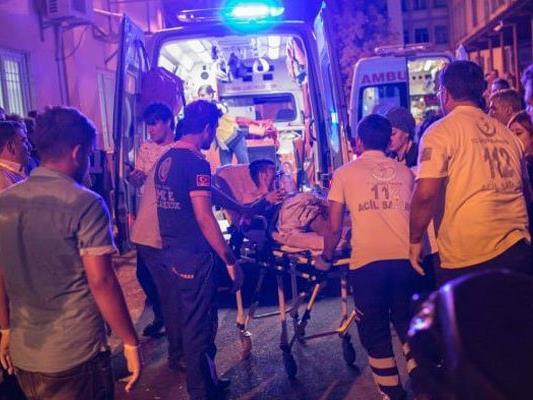 Dutzende Tote bei Anschlag auf Hochzeit.