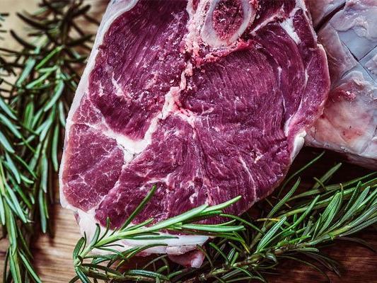 Fleisch essen: Hedonismus versus Gewissensfrage.