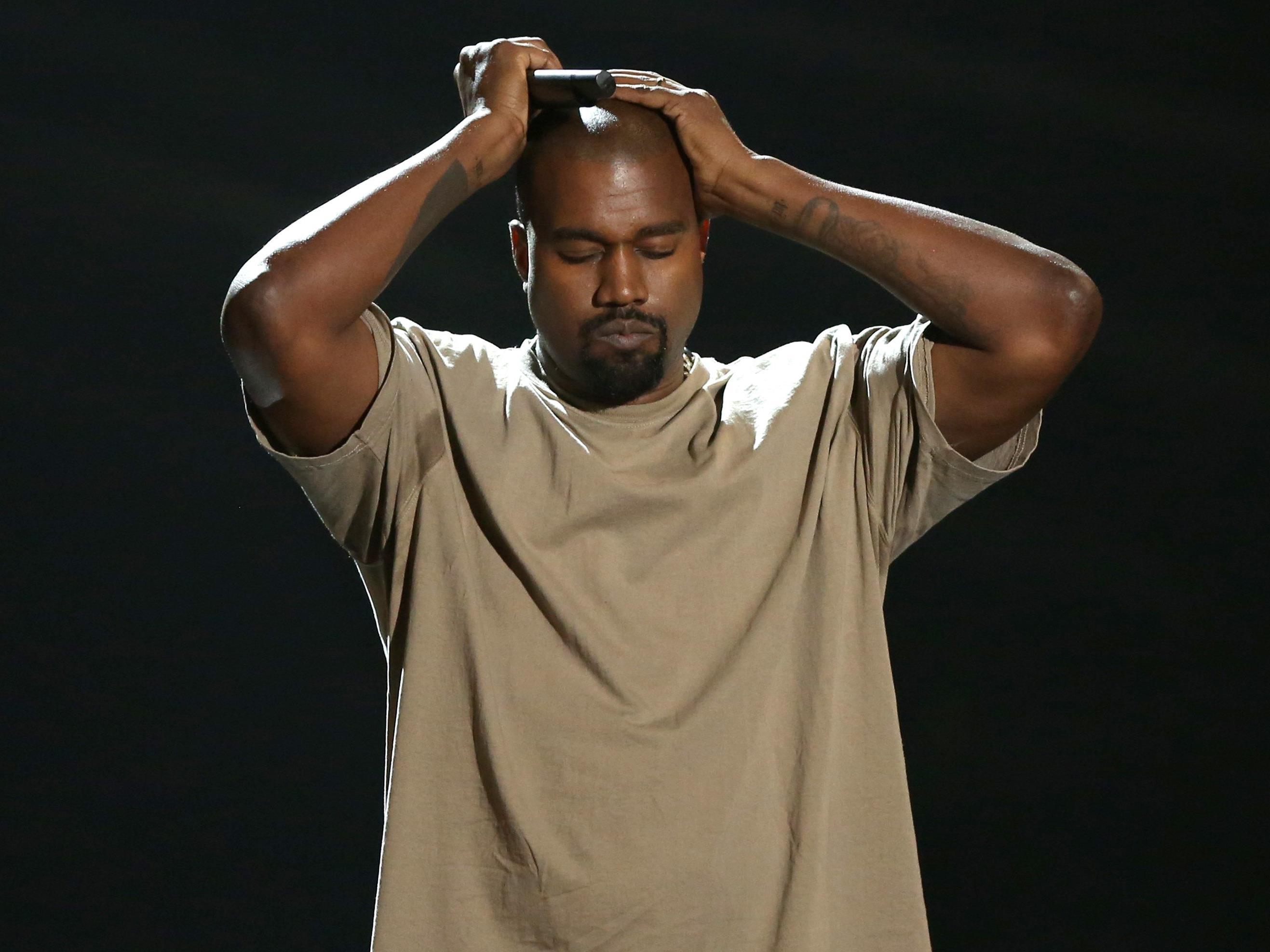 Kanye West blitzt bei IKEA ab!