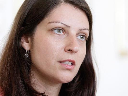 """Auch Staatssekretärin Muna Duzdar (SPÖ) lehnt eine Vollverschleierung """"persönlich"""" ab."""