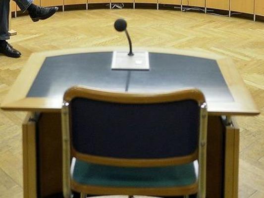 Der Drittangeklagte wurde am Montag in Wiener Neustadt einvernommen.