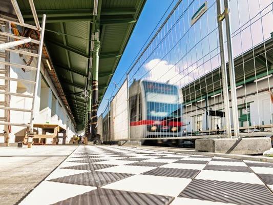 Ab 5. September ist der U6-Bahnsteig Währinger Straße Richtung Siebenhirten wieder geöffnet.