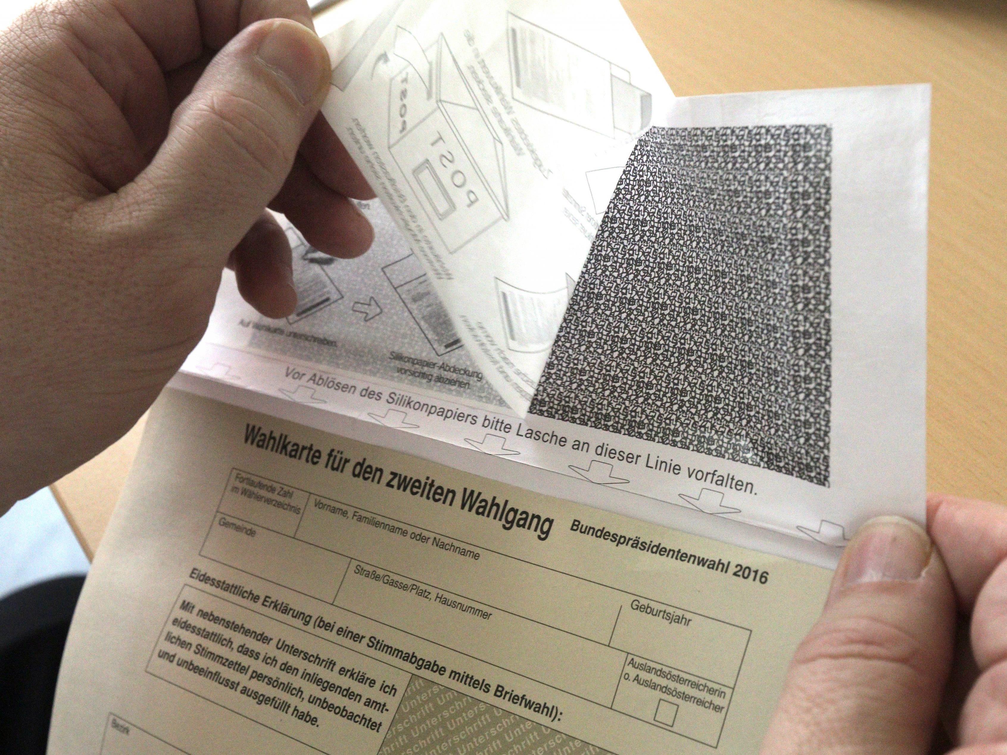 Stichprobenartige Überprüfungen brachten keine weiteren fehlerhaften Wahlkarten ans Licht.a