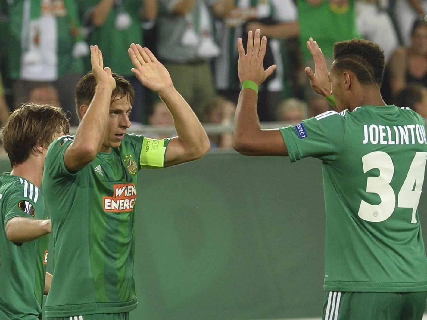 Rapid bejubelt den Sieg zum Auftakt der Europa League gegen den KRC Genk.