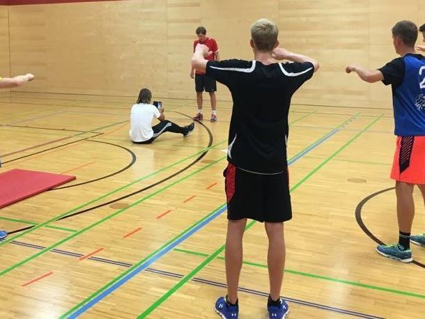 """Die Volleyball-""""Toros"""" schwitzen vor dem Bundesliga-Start."""