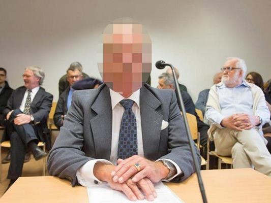 Der 70-Jährige beteuerte in der fortgesetzten Verhandlung erneut seine Unschuld.