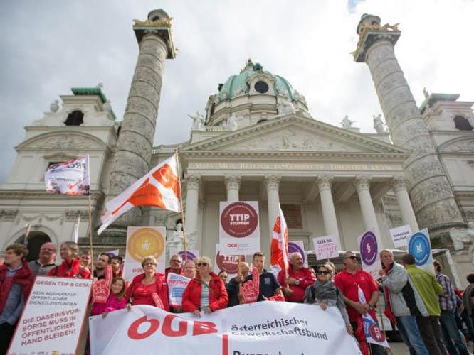 Die Demo startete am Wiener Karlsplatz.