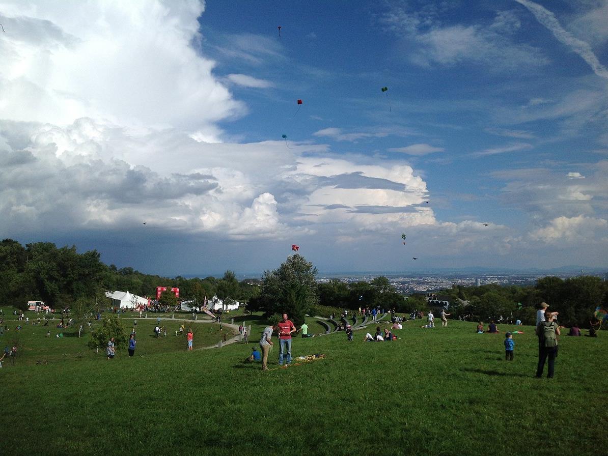 Beim Drachenflugfest Am Himmel