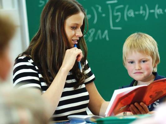 Gratisnachhilfe: Gewerkschaft pocht auf Einsatz eigener Lehrer