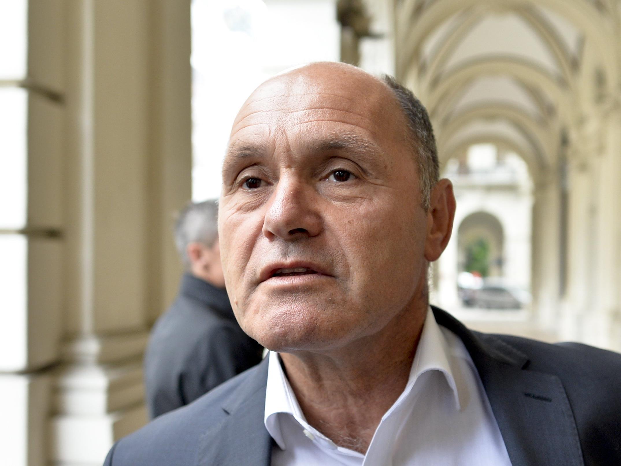 Unter anderem bei den Gesprächen am Sonntagabend: Innenminister Wolfgang Sobotka (ÖVP)