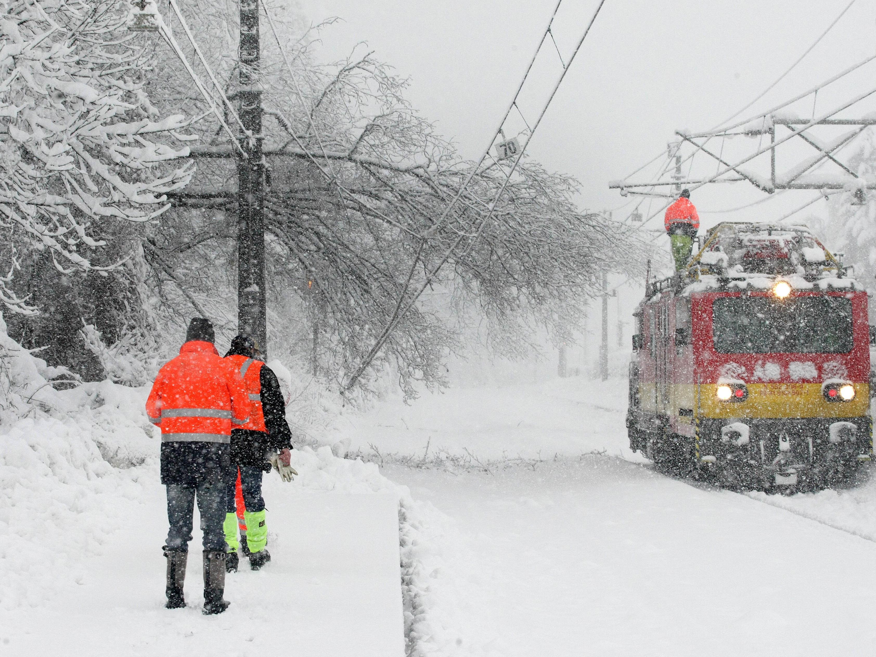 Ab wann erhalten Bahnreisende Entschädigungen bei Zugausfällen oder Verspätungen?