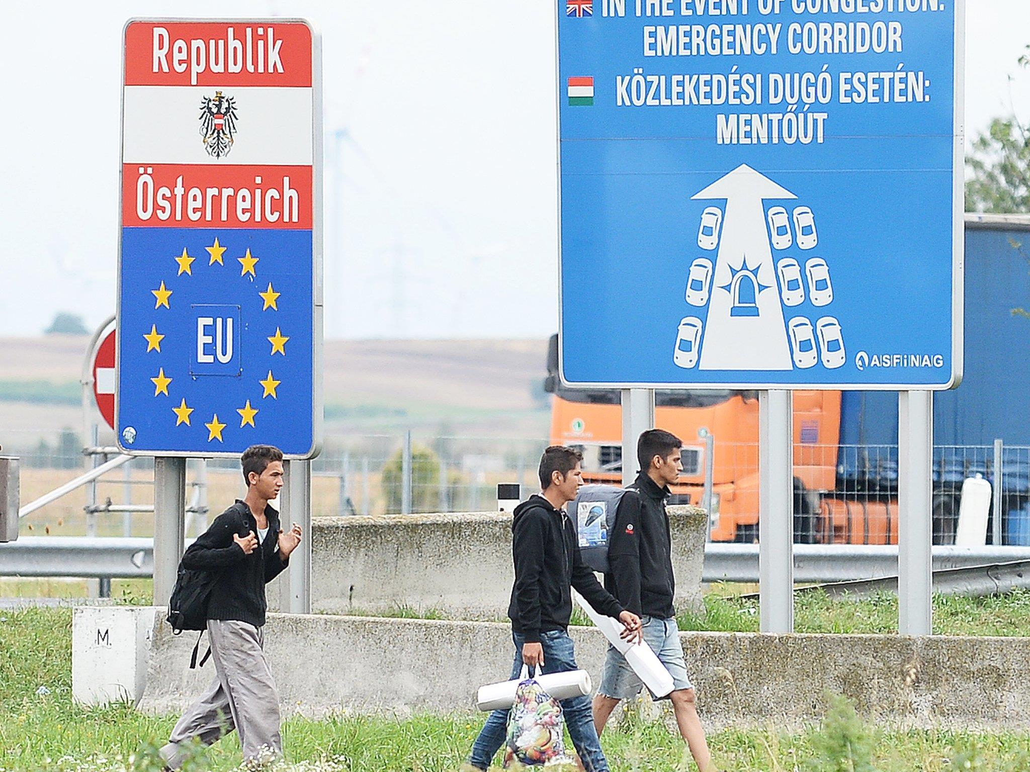 Knapp 8.000 Flüchtlinge haben 2016 Österreich verlassen
