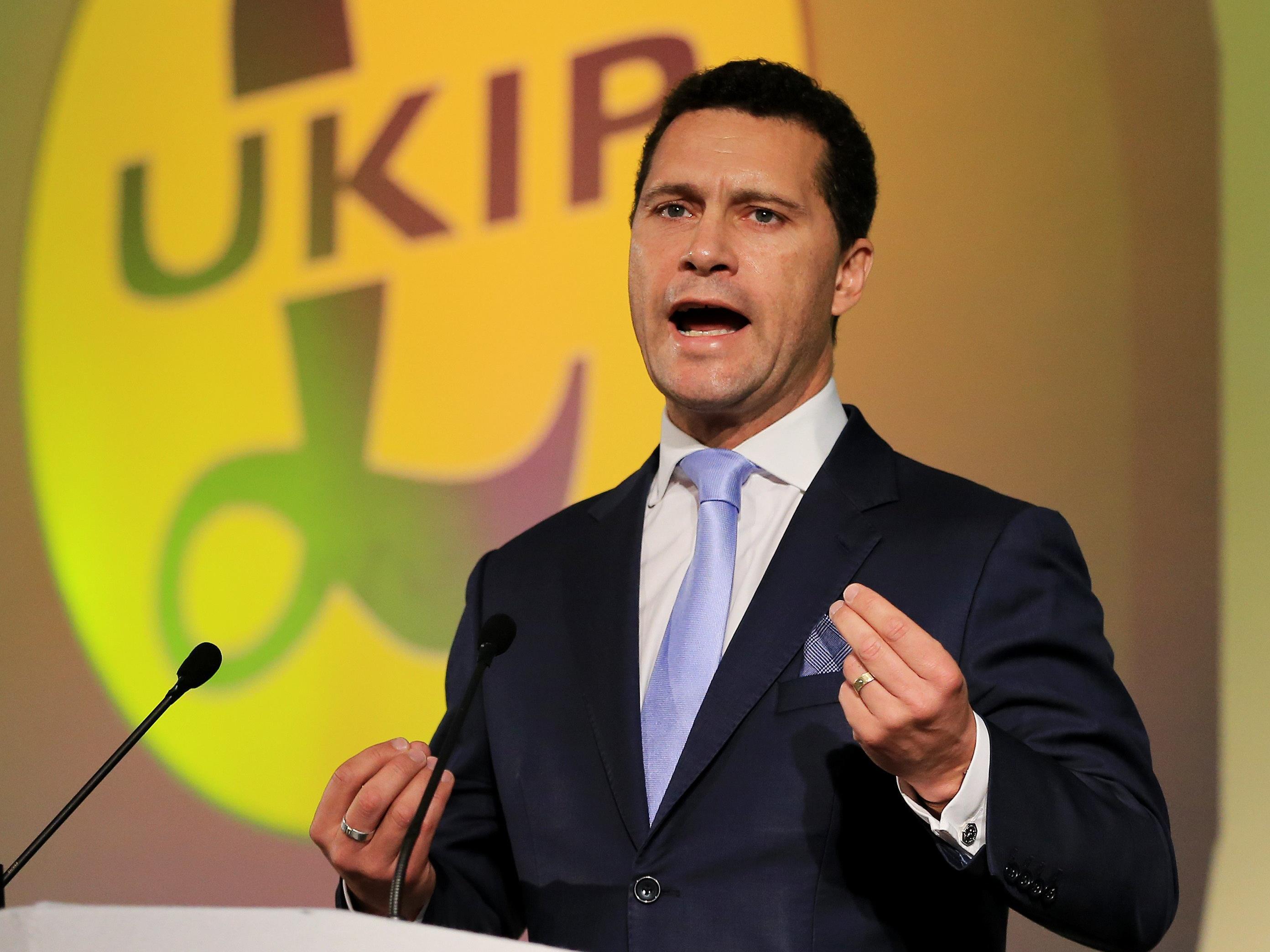 Ukip-Politiker Steven Woolfe soll nach einer Auseinandersetzung mit einem Parteikollegen in kritischem Zustand sein.