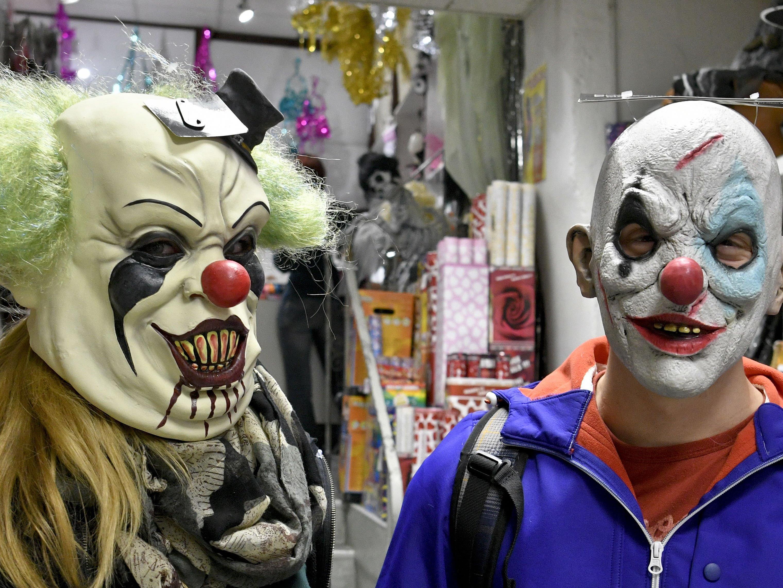 Clownmasken sind derzeit ein Renner in den Wiener Kostüm-Shops