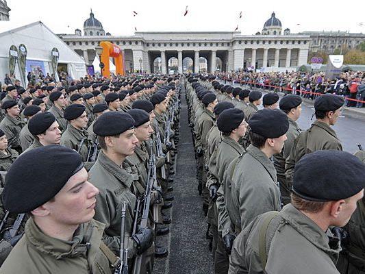 Dem Bundesheer soll am Heldenplatz ein Denkmal gesetzt werden.