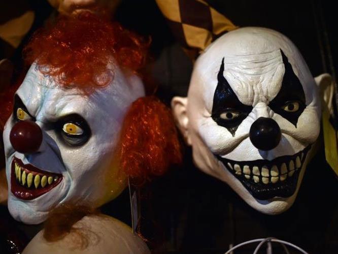 Was tun, wenn man auf solche Clowns trifft?