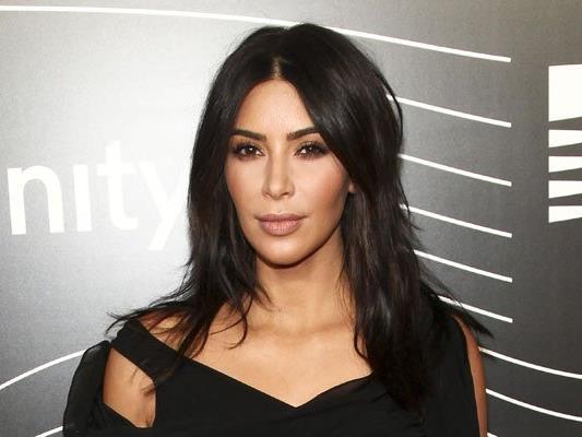 Kim Kardashian wurde in einem Appartement in Paris ausgeraubt.
