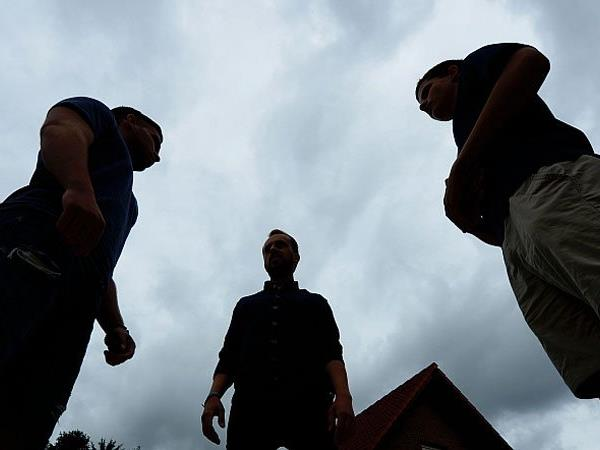 Laut der Studie bestehe eine hohe Radikalisierungsgefahr unter vielen Jugendlichen.