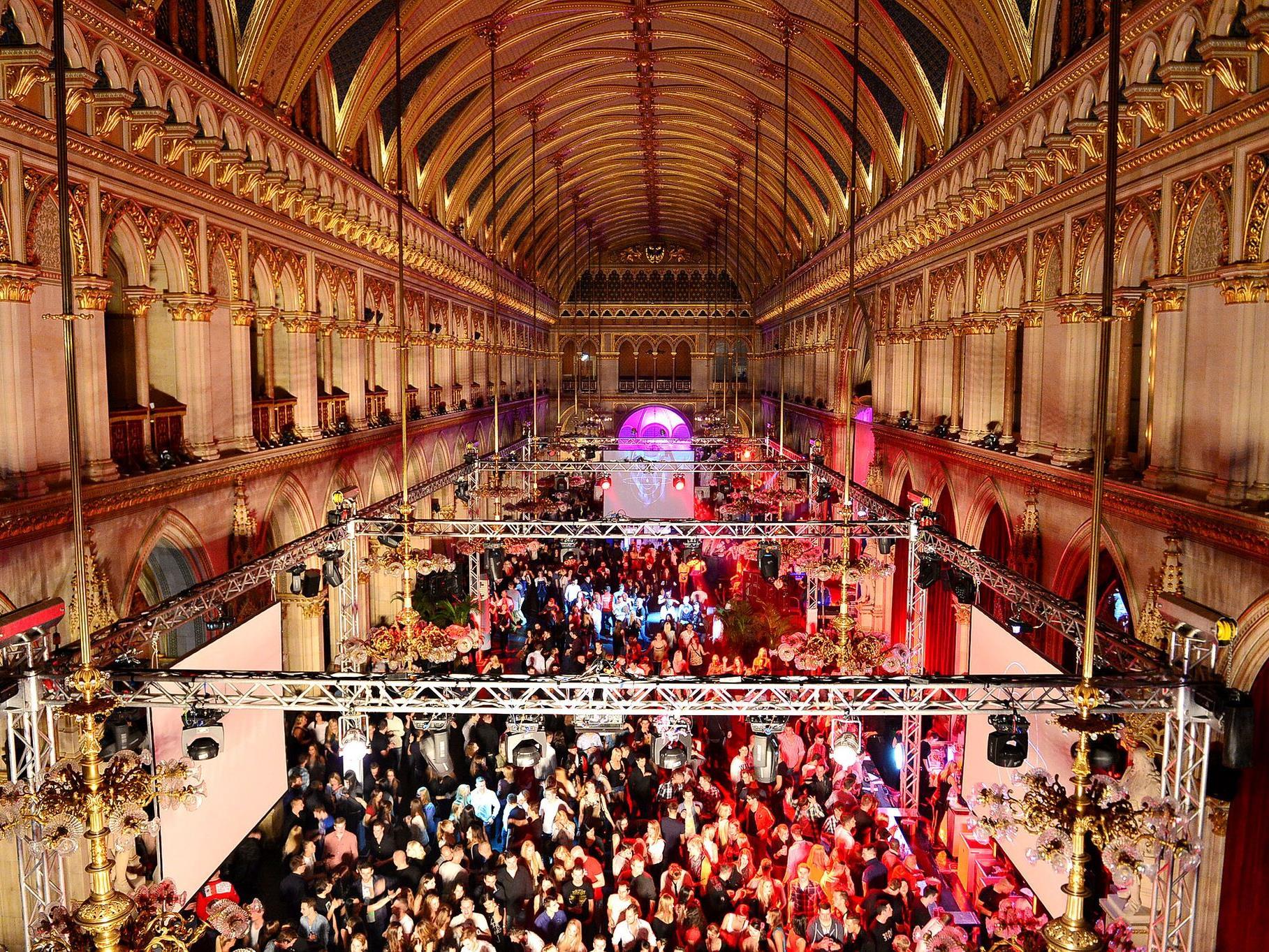 Am 5. November wird im Wiener Rathaus mit dem ParadiseCity die wohl größte Party der Stadt gefeiert.