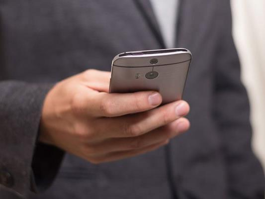 Neue Smartphones sind oft fehleranfälliger.