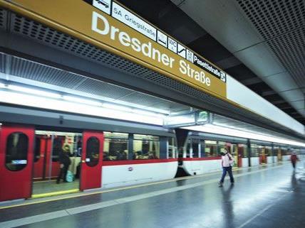 Die U6 fährt an zwei Wochenenden nur bis zur Station Dresdner Straße.