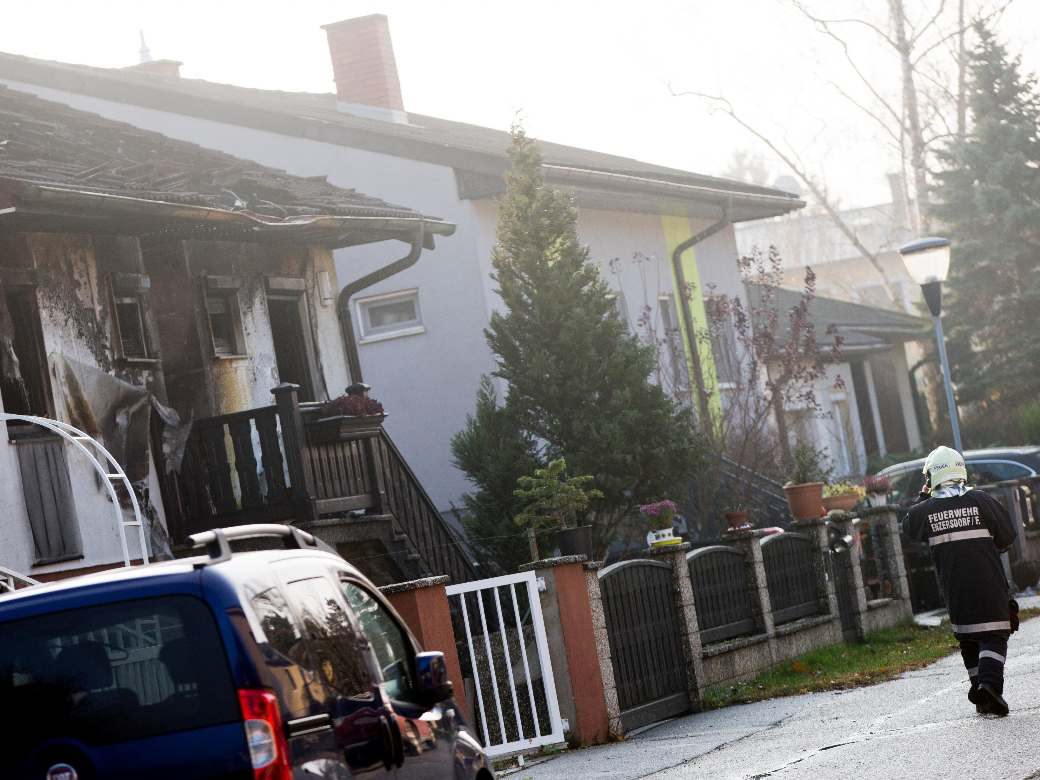 Bei einem Brand kamen drei Menschen ums Leben