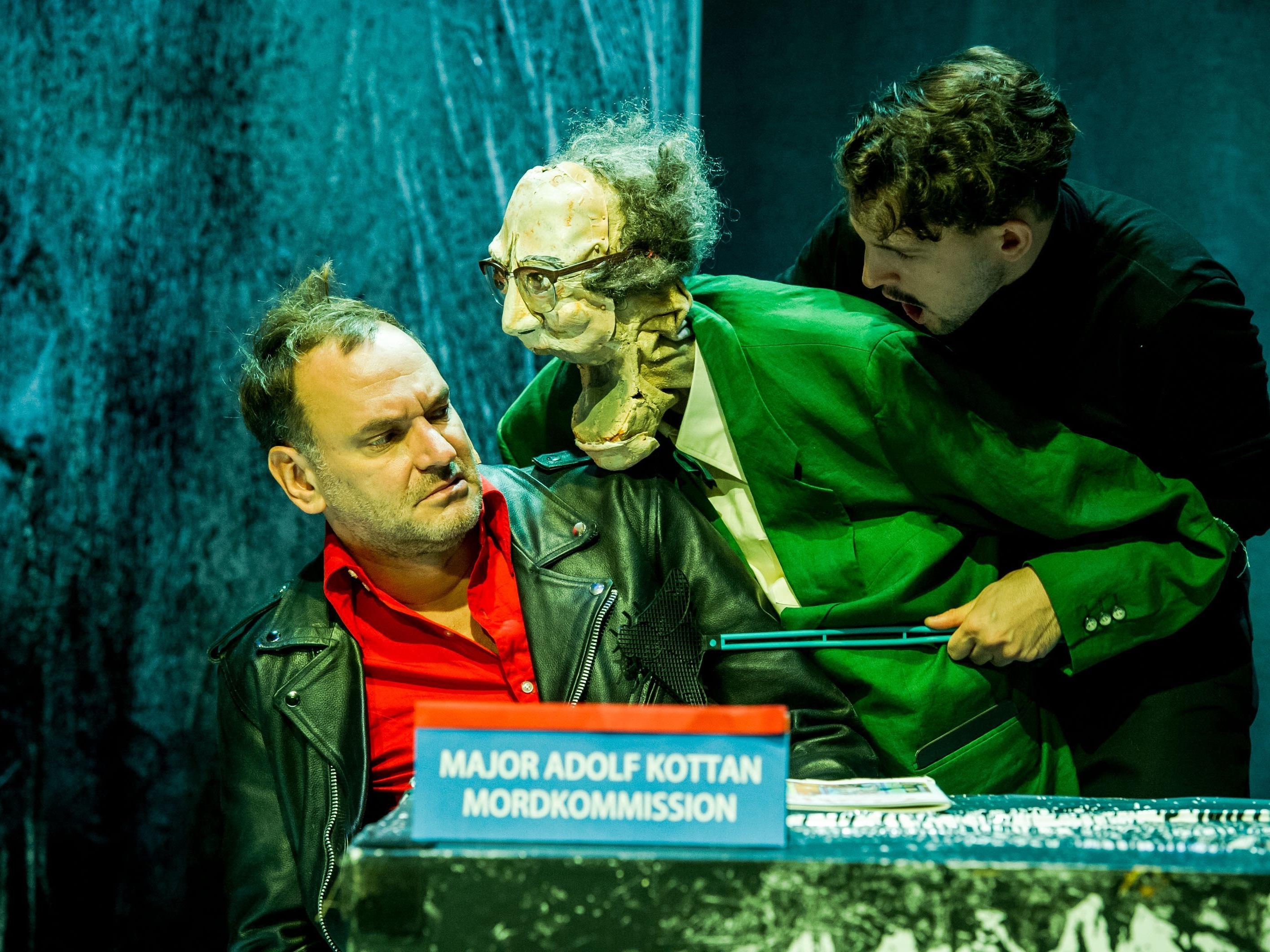 Kottan Ermittelt - diesmal unter Puppen, im Rabenhof Theater