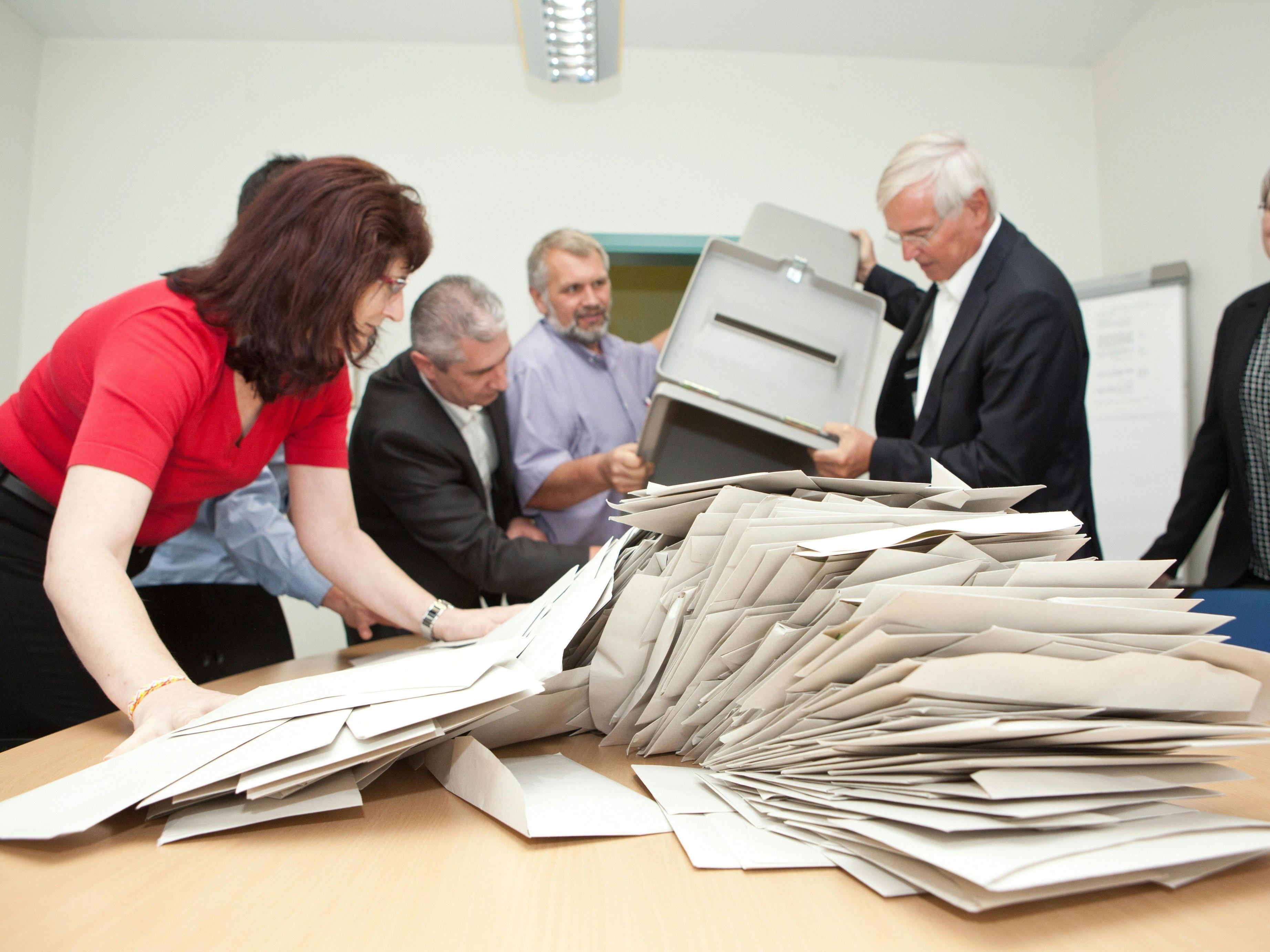 Ermittlungen gegen mehr als 250 Wahlleiter und Beisitzer rund um die Stimmenauszählung