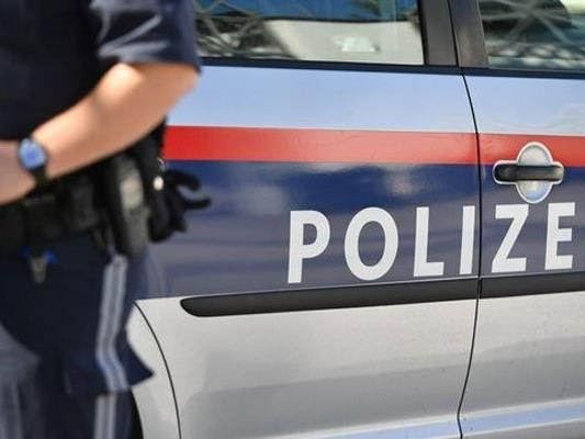 Die Polizei befragte Zeugen, wodurch sich die Angaben des Mannes als falsch entpuppten.