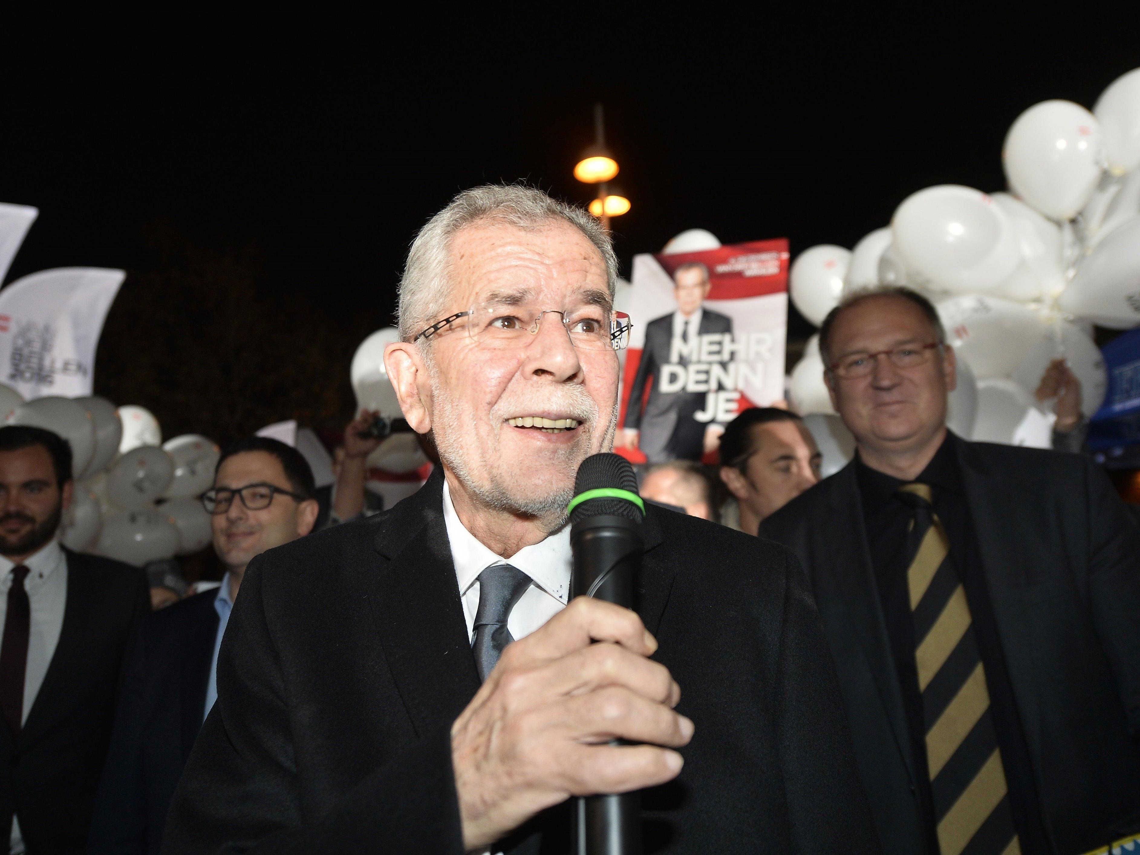 Präsidentschaftskandidat Alexander van der Bellen wird von der FPÖ angegriffen