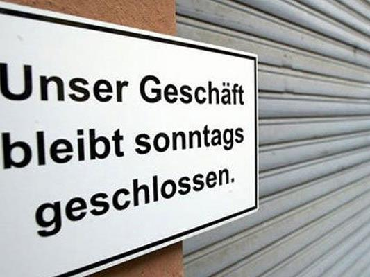 In Neustadt blieben ein paar Geschäfte am Feiertag geöffnet.