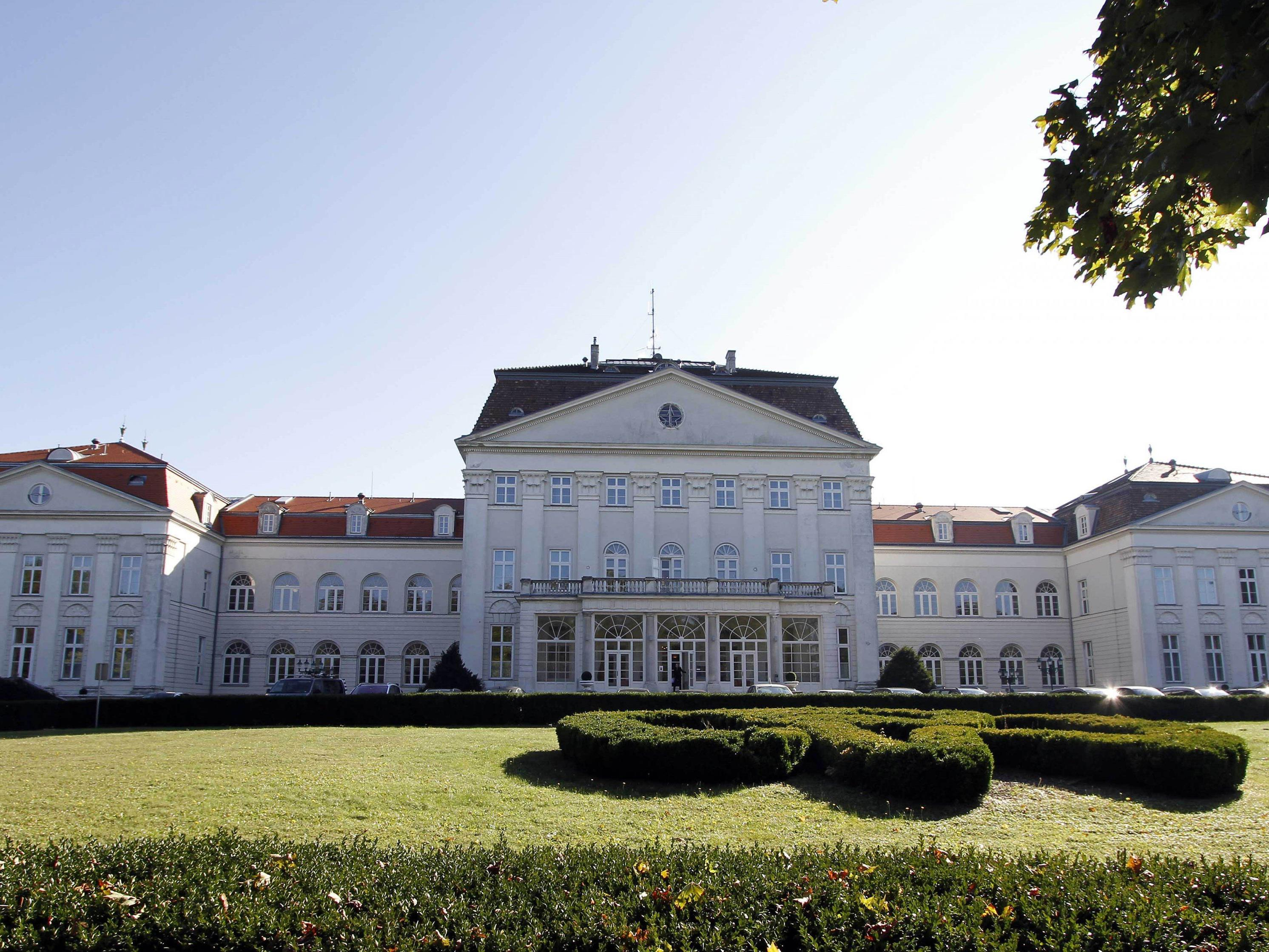 Das Schloss Wilhelminenberg in Wien.