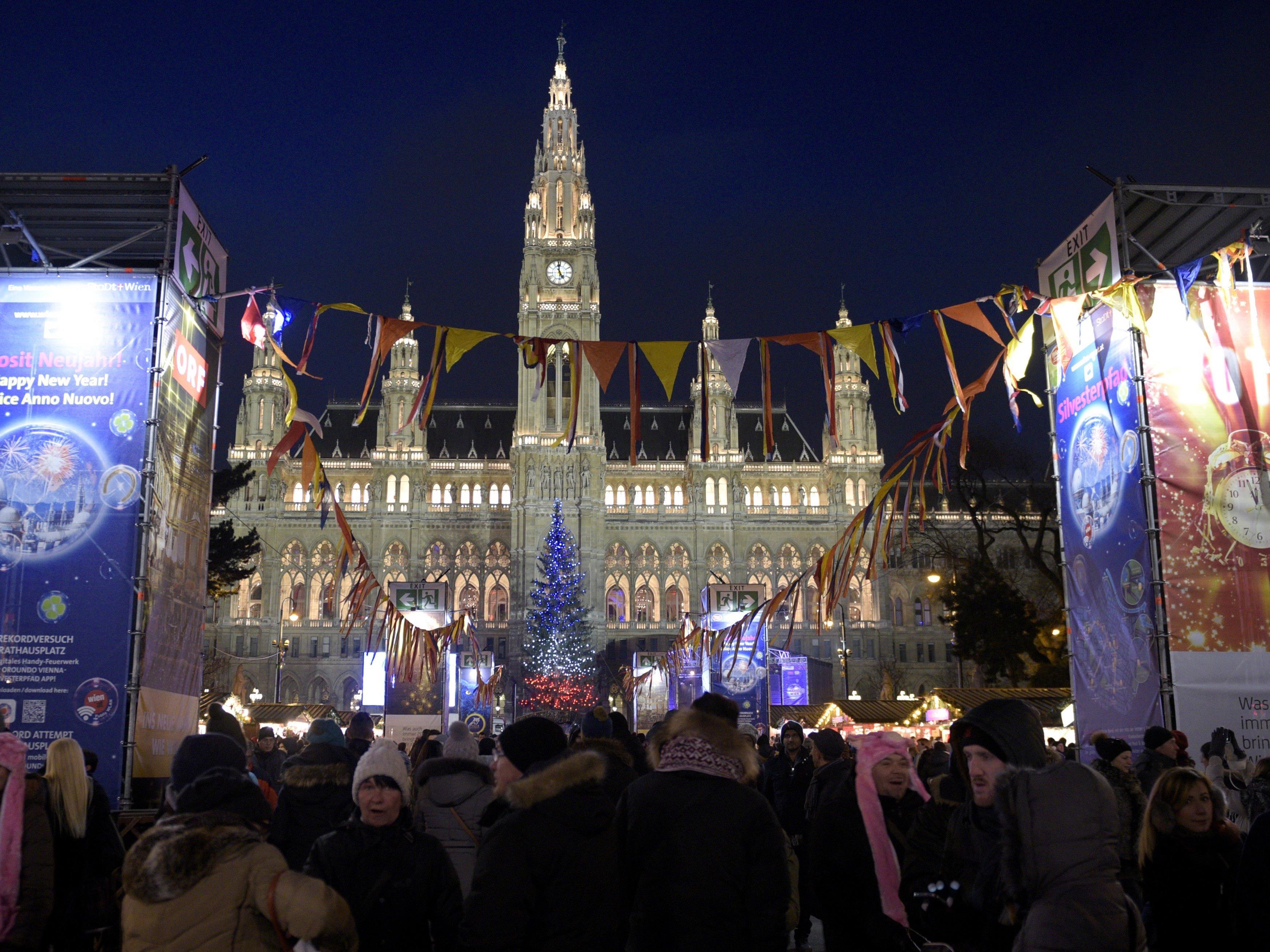 Bis zu 600.000 Besucher werden am Silvesterpfad erwartet.