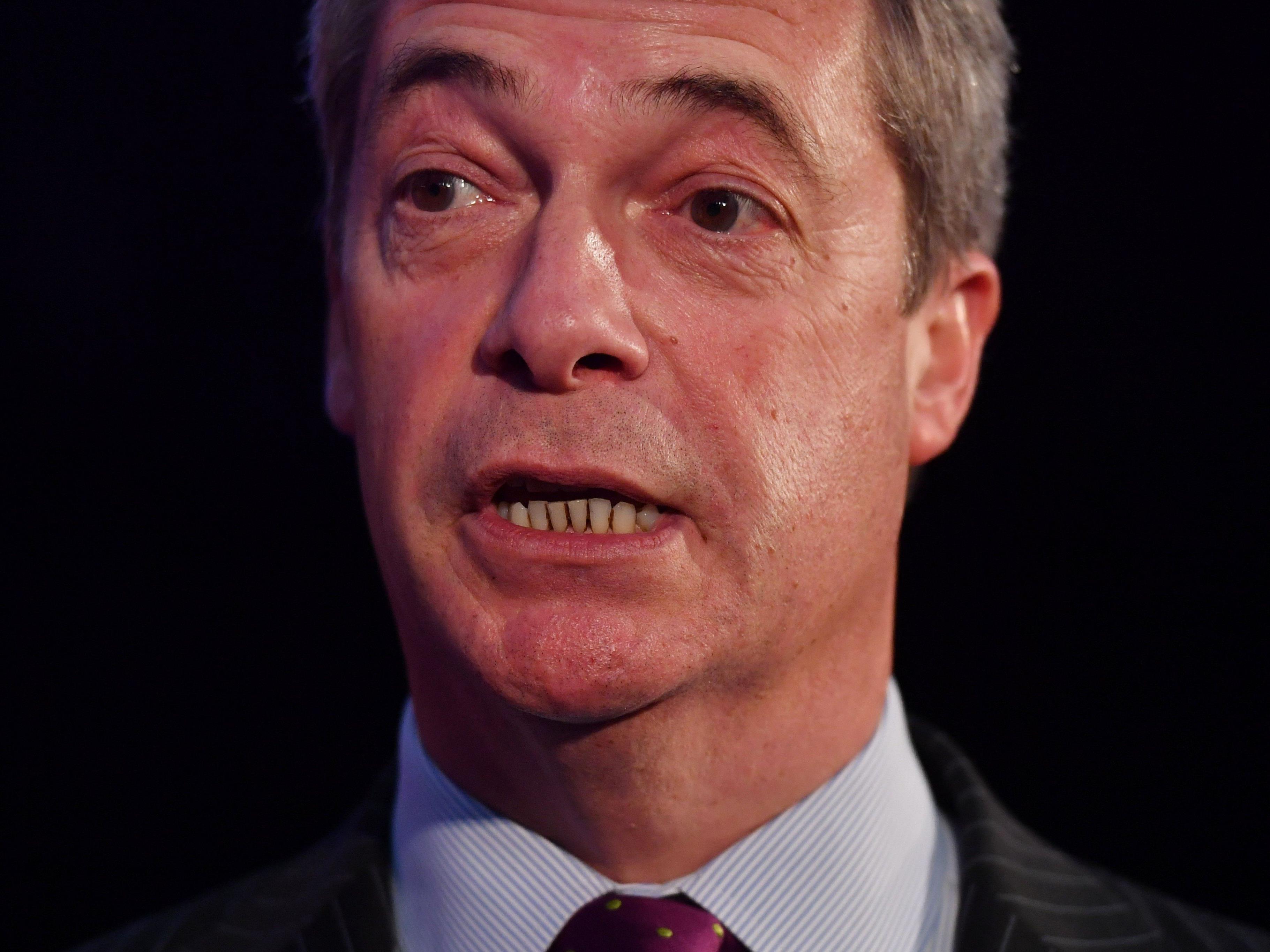 Nigel Farage geht davon aus, dass es ein Austrittreferendum bei Hofer-Sieg geben wird.