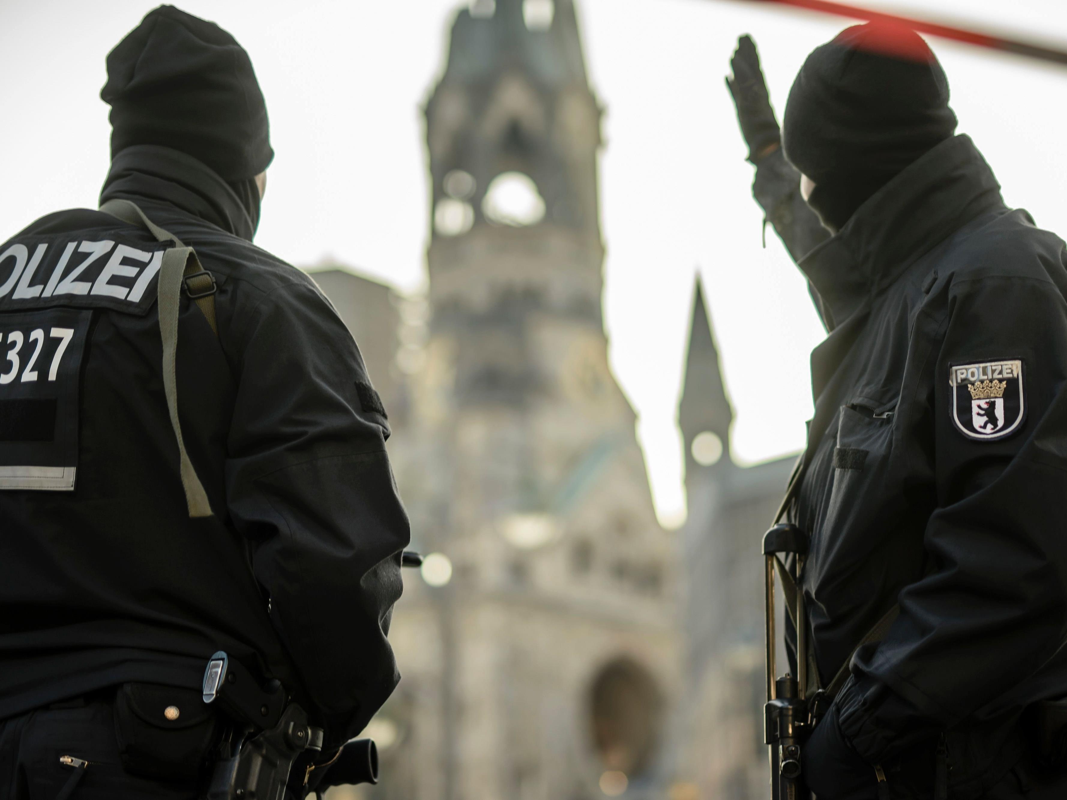 Die deutsche Polizei soll vier Personen festgenommen haben.