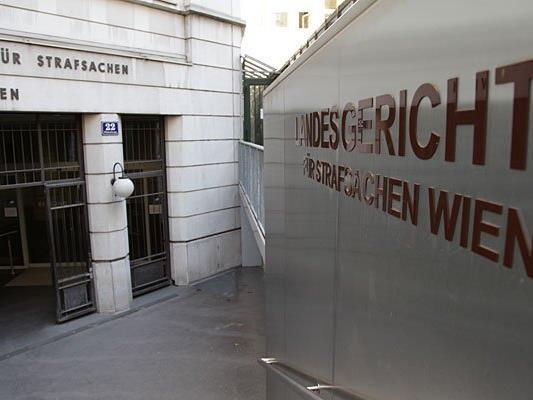 Ein Trickbetrüger wurde in Wien zu zwei Jahren Haft verurteilt